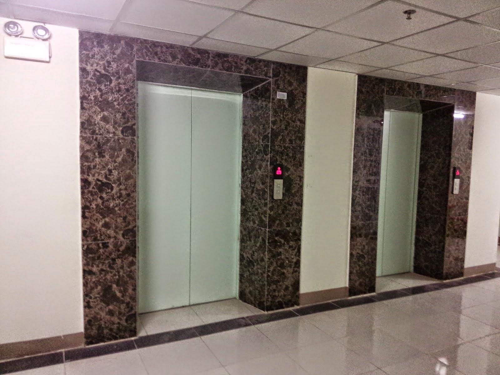 cách sử dụng thang máy chung cư