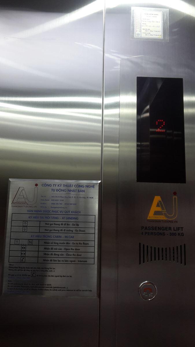 Hiển thị trong cabin thang máy